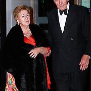 NLD/Amsterdam/20110527 - 40ste verjaardag Prinses Maxima, Prinses Christina en Jaap Rost Onnes