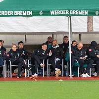 07.10.2020, wohninvest Weserstadion Platz 11, Bremen, GER, FSP SV WERDER BREMEN  vs 1. FC St. Pauli<br /> <br /> im Bild / picture shows <br /> <br /> Auswechselbank mit Frank Baumann (Geschäftsführer Fußball Werder Bremen)<br /> Jiri Pavlenka (Werder Bremen #01)<br /> Oscar Schoenfelder / Schönfelder (Werder Bremen / Neuzugang 16)<br /> Julian Rieckmann (Werder Bremen II #33)<br /> Maximilian Eggestein (Werder Bremen #35)<br /> Kyu-Hyun Park (Werder Bremen II #52) <br /> und Niclas Füllkrug / Fuellkrug (Werder Bremen #11) in Zivil<br /> <br /> Foto © nordphoto / Kokenge