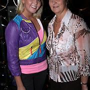 NLD/Amsterdam/20080319 - Presentatie lingerielijn Yolanthe Cabau van Kasbergen, Monique Smit en haar moeder