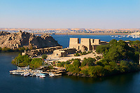 Egypte, vallee du Nil, Croisiere sur le Nil entre Louxor et Assouan, Assouan, Ile et Temple de Philae, sanctuare d'Isis, Patrimoine Mondial de l'UNESCO // Egypt, Nile valley, Aswan, Agilkia island, Temple of Philae, UNESCO World Heritage Site, Isis sanctuary