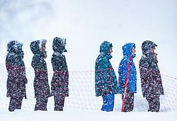 08.12.2017, Biathlonarena, Hochfilzen, AUT, IBU Weltcup Biathlon, Hochfilzen, Damen, Sprint, im Bild Zuschauer bei starkem Schneefall, Wetter // Spectators in the Snow, Weather // during women' s Sprint of BMW IBU Biathlon World Cup at the Biathlonarena in Hochfilzen, Austria on 2017/12/08. EXPA Pictures © 2017, PhotoCredit: EXPA/ JFK