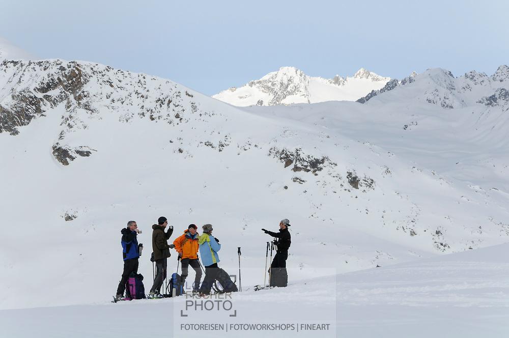Impressionen einer Skitourenwoche im Gebiet der Rotondo-Hütte. Aufstieg auf den Lucendro.