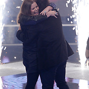 NLD/Hilversum/20120120 - Finale the Voice of Holland 2012, Iris Kroes winnares en haar coach Marc Borsato