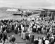 Y-500904-07.  Astoria Salmon Derby. September 4, 1950.