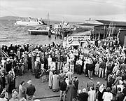 Y-500904-07.  Astoria Salmon Derby. September 4, 1950.