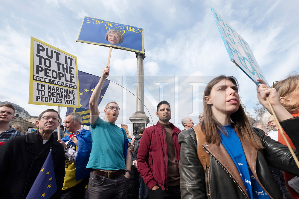 © Licensed to London News Pictures. 23/03/2019. London, UK.  Demonstrators take part in the Put It To The People March calling for a second referendum on the UK exiting the European Union. Photo credit: Ray Tang/LNP
