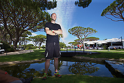 VALE DO LOBO, PORTUGAL - Wednesday, May 25, 2016: Press Association photographer Joe Giddons during day two of the pre-UEFA Euro 2016 training camp at the Vale Do Lobo resort in Portugal. (Pic by David Rawcliffe/Propaganda)
