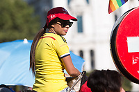 Colombian supporters during the last stage or La Vuelta of Spain in Madrid. September 10, 2016. (ALTERPHOTOS/Rodrigo Jimenez)
