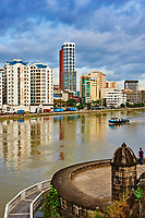 Philippines, ile de Luzon, Manille, vue generale depuis Intramuros. Riviere Pasig // Philippines, Luzon island, Manila, general view from intramuros, Pasig river