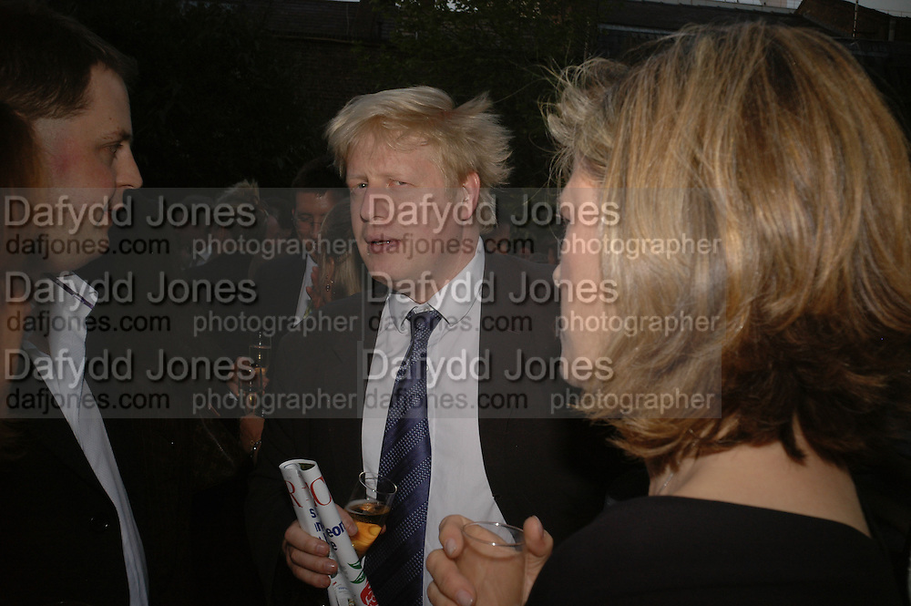 Matthew D'Ancona and Boris Johnson, BOOK PARTY FOR TABATHA'S CODE BY MATTHEW D'ANCONA. Spectator. Doughty St. London. 11 May 2006. ONE TIME USE ONLY - DO NOT ARCHIVE  © Copyright Photograph by Dafydd Jones 66 Stockwell Park Rd. London SW9 0DA Tel 020 7733 0108 www.dafjones.com
