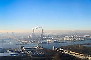 Nederland, Noord-Holland, Amsterdam, 11-12-2013; Noorzeekanaal met Coentunnel (re), zicht op Westelijk Havengebied met Hemweg centrale en de olietanks van de Petroleumhaven. <br /> Northsee canal, entrance Coen tunnel, Hemweg electricity with the oil tanks of the Petroleumharbour.<br /> luchtfoto (toeslag op standaard tarieven);<br /> aerial photo (additional fee required);<br /> copyright foto/photo Siebe Swart.