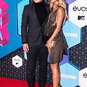 NLD/Rotterdam/20161106 - MTV EMA's 2016, Mario Götze en partner
