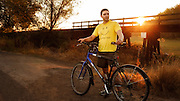 USA, Oregon, Scio, a cyclist, first thing in the morning. MR