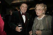 BARRY HUMPHRIES AND DRUE HEINZ, The John Betjeman Variety Show, sponsored by Shell, in aid of Sane. In the Presnece of the Prince of Wales and the Duchess of Cornwall. Prince of Wales theatre. London. 10 September 2006. ONE TIME USE ONLY - DO NOT ARCHIVE  © Copyright Photograph by Dafydd Jones 66 Stockwell Park Rd. London SW9 0DA Tel 020 7733 0108 www.dafjones.com