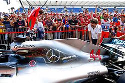 June 21, 2018 - Le Castellet, France - Motorsports: FIA Formula One World Championship 2018, Grand Prix of France, ..Mechanic of Mercedes AMG Petronas Motorsport  (Credit Image: © Hoch Zwei via ZUMA Wire)