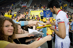 Neves Leandro Vissotto of Trentino with fans at 2nd Semifinal match of CEV Indesit Champions League FINAL FOUR tournament between ACH Volley, Bled, SLO and Trentino BetClic Volley, ITA, on May 1, 2010, at Arena Atlas, Lodz, Poland. Trentino defeated ACH 3-1. (Photo by Vid Ponikvar / Sportida)