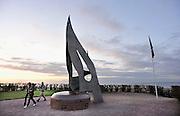 Frankrijk, Ouistreham, 11-5-2013Serie over de invasie door de geallieerden op de stranden van Normandie, 6 juni 1944. Monument bij Sword beach. Oorlogsmonument, gedenkteken. Bevrijding, herdenking, 2e, tweede wereldoorlog, oorlog, atlantik wall, dday, d-day, d dayFoto: Flip Franssen/Hollandse Hoogte