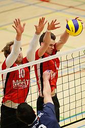 20180324 NED: Topdivisie Maatwerkers VCN - Next Volley Dordrecht, Capelle aan den IJssel <br />Rowan Hogenboom (10) of Maatwerkers VCN, Lucas Vroom (2) of Maatwerkers VCN <br />©2018-FotoHoogendoorn.nl / Pim Waslander