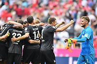 Fotball<br /> Tyskland<br /> Foto: Witters/Digitalsport<br /> NORWAY ONLY<br /> <br /> Schlussjubel v.l. Dominique Heintz, Torwart Timo Horn (Koeln)<br /> <br /> Muenchen, 01.10.2016, Fussball Bundesliga, FC Bayern München - 1. FC Köln 1:1