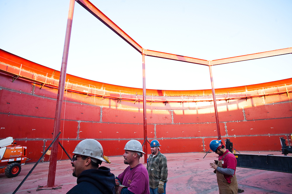 Constructing a new water tank in South Yuba City will address concerns of decreasing groundwater quality in the area by providing storage for water from the State Water System, which is sourced primarily from the nearby Feather River. Constructing a new water tank in South Yuba City will address concerns of decreasing groundwater quality in the area by providing storage for water from the State Water System, which is sourced primarily from the nearby Feather River.