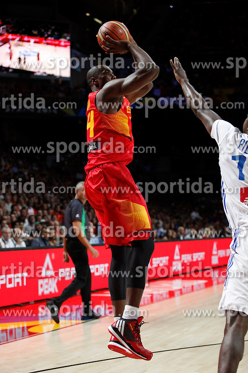 10.09.2014, Palacio de los deportes, Madrid, ESP, FIBA WM, Frankreich vs Spanien, Viertelfinale, im Bild Spain´s Ibaka // during FIBA Basketball World Cup Spain 2014 Quarter-Final match between France and Spain at the Palacio de los deportes in Madrid, Spain on 2014/09/10. EXPA Pictures © 2014, PhotoCredit: EXPA/ Alterphotos/ Victor Blanco<br /> <br /> *****ATTENTION - OUT of ESP, SUI*****