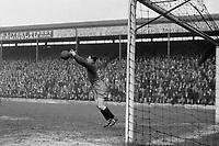 Fotball<br /> Liverpool<br /> Foto: Colorsport/Digitalsport<br /> NORWAY ONLY<br /> <br /> Arthur Riley (Liverpool goalkeeper) Birmingham City v Liverpool. 1928/29.