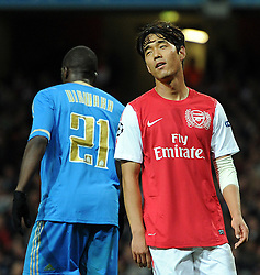 01.11.2011, Emirates Stadion, London, ENG, UEFA CL, Gruppe F, Arsenal FC (GBR) vs Olympique de Marseille (FRA), im Bild  Arsenal's Park Chu-Young reacts // during UEFA Champions League group F match between Arsenal FC (GBR) and Olympique de Marseille (FRA) at Emirates Stadium, London, United Kingdom on 01/11/2011. EXPA Pictures © 2011, PhotoCredit: EXPA/ Propaganda Photo/ Chris Brunskill +++++ ATTENTION - OUT OF ENGLAND/GBR+++++