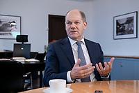 21 NOV 2018, BERLIN/GERMANY:<br /> Olaf Scholz, SPD, Bundesfinanzminister, waehrend einem Interview, in seinem Buero, Bundesministerium der Finanzen<br /> IMAGE: 20181121-01-010<br /> KEYWORDS: Büro