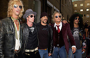 Velvet Revolver, The Kerrang Awards 2004. the Brewery, Chiswell st. London. 26 August 2004. SUPPLIED FOR ONE-TIME USE ONLY-DO NOT ARCHIVE. © Copyright Photograph by Dafydd Jones 66 Stockwell Park Rd. London SW9 0DA Tel 020 7733 0108 www.dafjones.com