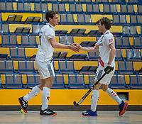 AMSTERDAM -  Zaalhockey hoofdklasse, Amsterdam H1-Laren H1 (9-1). Boris Burkhardt (Adam) met Tijn Lissone (Adam)    COPYRIGHT KOEN SUYK