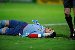 17-11-2009 VOETBAL: JONG ORANJE - JONG SPANJE: ROTTERDAM<br /> Nederland wint met 2-1 van Spanje / Sergio Asenjo ligt verslagen op de grond na de 1-0<br /> ©2009-WWW.FOTOHOOGENDOORN.NL