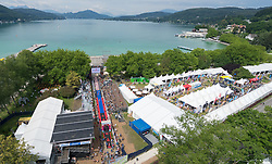27.06.2015, Metnitzstrand, Klagenfurt am Wörthersee, AUT, Ironmen Austria 2015, Vorberichte, im Bild die Finisharea am Metnitzstrand/Wörthersee Luftaufnahme, Luftbild, Drohne, Fotodrohne // Airpicture taken with a drone aheat of the 2015 Ironmen Austria at the Metnitzstrand, Klagenfurt, Austria on 2015/06/27. EXPA Pictures © 2015, PhotoCredit: EXPA/ Gert Steinthaler