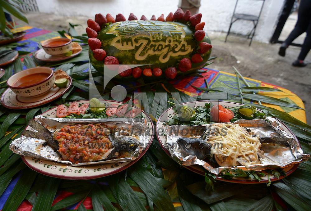 Ocoyoacac, México (Octubre 21, 2016).- Locatarios de la Marquesa inauguraron la Primer Feria de la Trucha como una forma de impulsar la economía del lugar.  Agencia MVT / Crisanta Espinosa