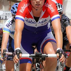 08-07-2014: Wielrennen: Giro d Italia vrouwen: Italie: nationaal kampioene Iris Slappendel