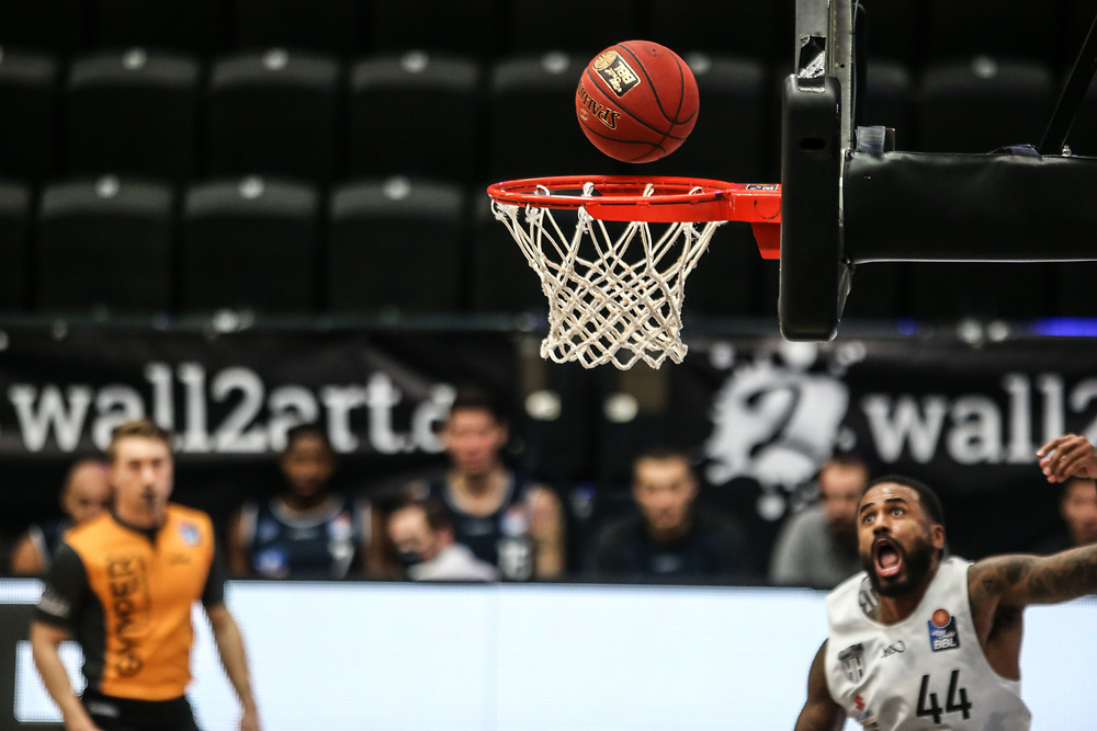 Basketball: Deutschland, 1. Bundesliga, Hamburg Towers - HAKRO Merlins Crailsheim, Hamburg, 10.01.2021<br /> Bryce Taylor (Towers)<br /> © Torsten Helmke