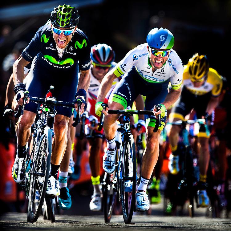 Belgie, Huy, 22-04-2015.<br /> Wielrennen, Mannen, Elite.<br /> Waalse Pijl / Fleche Wallone <br /> Alejandro Valverde ( links ) plaatst de definitieve aanval op 100 meter voor de finish op de Muur van Huy en wint. Michael Albasini ( rechts ) wordt 3e. Julian Alaphilippe zit achter Valverde en wordt 2e.<br /> <br /> Foto : Klaas Jan van der Weij
