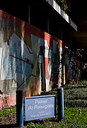 Sao Jose dos Campos_SP, Brasil.. .O painel ceramico, projetado por Burle Marx na residencia de Olivio Gomes em Sao Jose dos Campos, Sao Paulo...The ceramic panel, designed by Burle Marx at the Olivio Gomes residence in Sao Jose dos Campos, Sao Paulo...Foto: BRUNO MAGALHAES / NITRO