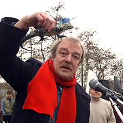 Protest tegen bebouwing de Groene Punt Ossenmarkt Weesp, toespraak Midas Dekkers