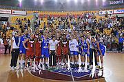 DESCRIZIONE : Roma Amichevole Nazionale Femminile Italia USA<br /> GIOCATORE : Nazionale Italiana Femminile e USA <br /> CATEGORIA : team squadra postgame<br /> SQUADRA : Italia e USA<br /> EVENTO : Amichevole Nazionale Italiana Femminile<br /> GARA : Italia USA<br /> DATA : 08/10/2015<br /> SPORT : Pallacanestro <br /> AUTORE : Agenzia Ciamillo-Castoria/G.Masi<br /> Galleria : Nazionale<br /> Fotonotizia : Roma Nazionale Femminile Amichevole Italia USA