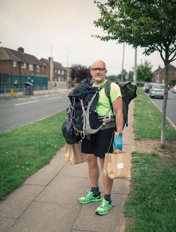 16/06/2020 Grimsby , Lincs , UK - GV's of Grimsby. Mr Zane Powles , Assnt Head Teacher , delivering meals to children