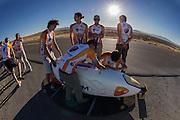 met precisie wordt de VeloX2 dicht getapet op de derde racedag van het WHPSC. In de buurt van Battle Mountain, Nevada, strijden van 10 tot en met 15 september 2012 verschillende teams om het wereldrecord fietsen tijdens de World Human Powered Speed Challenge. Het huidige record is 133 km/h.<br /> <br /> With great precision the VeloX2 is being taped. Near Battle Mountain, Nevada, several teams are trying to set a new world record cycling at the World Human Powered Speed Challenge from Sept. 10th till Sept. 15th. The current record is 133 km/h.