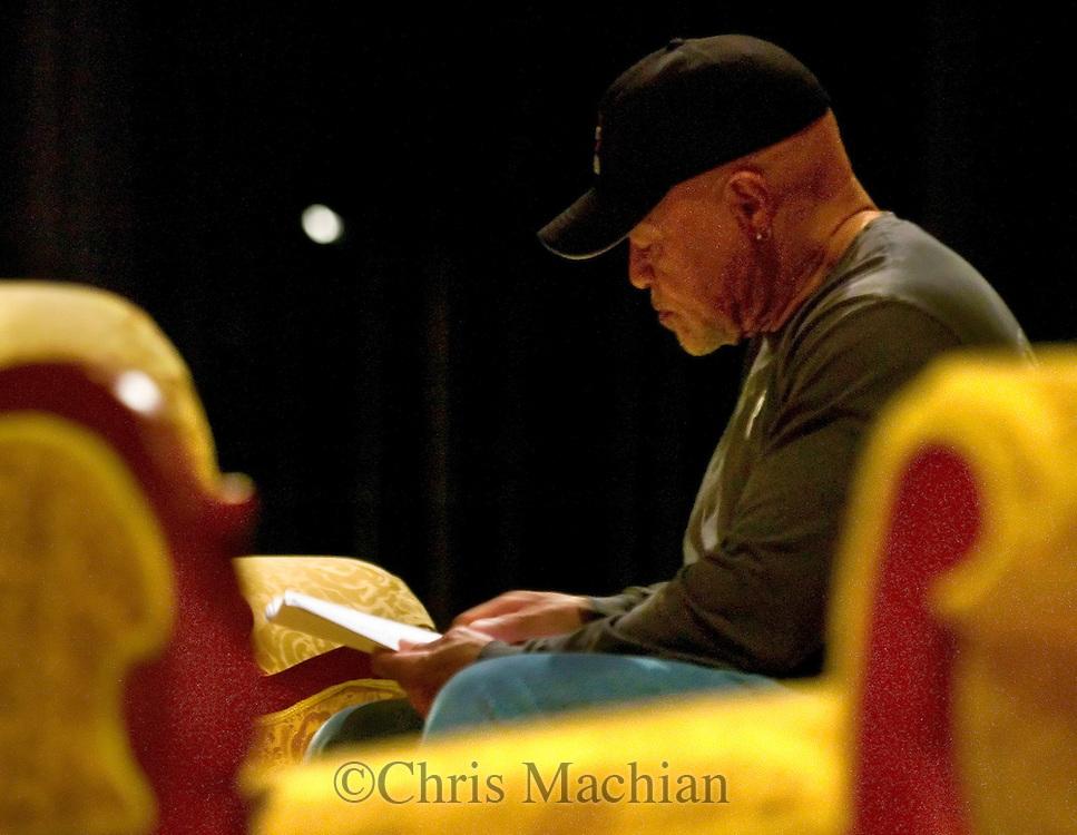 Omaha, Neb 4/25/06Omaha actor John Beasley in rehearsal  at the Orpheum  Theater Tuesday night. .(Chris Machian/Prairie Pixel Group)