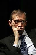 30 Mar 2006 Milano, Spazio Krizia: Piero Fassino