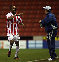 Photo: Paul Thomas.<br /> Stoke City v Cardiff City. Coca Cola Championship. 28/11/2006.<br /> <br /> Stoke goal scorer Ricardo Fuller (L) celebrates to his manager Tony Pulis.