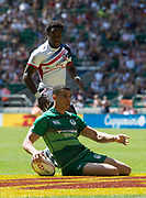 Twickenham, United Kingdom. 3rd June 2018, HSBC London Sevens Series. Game 30 Cup Quarter Final. United States vs Ireland.<br /> <br /> Jordan CONROY, touches down to open the scoring in Rugby 7's match played at the  RFU Stadium, Twickenham, England, <br /> <br /> <br /> <br /> © Peter SPURRIER/Alamy Live News