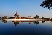 Myanmar (ex Birmanie), Mandalay, palais de Mandalay // Myanmar (Burma), Mandalay, Mandalay palace