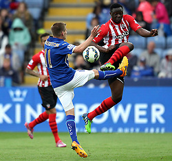 Southampton's Victor Wanyama challenges Leicester City's Marc Albrighton - Photo mandatory by-line: Robbie Stephenson/JMP - Mobile: 07966 386802 - 09/05/2015 - SPORT - Football - Leicester - King Power Stadium - Leicester City v Southampton - Barclays Premier League