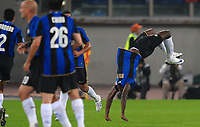 """esultanza di obinna dopo il gol<br /> Roma 19/10/2008 Stadio """"Olimpico"""" <br /> Campionato Italiano Serie A 2008/2009<br /> Roma Inter<br /> Foto Andrea Staccioli Insidefoto"""