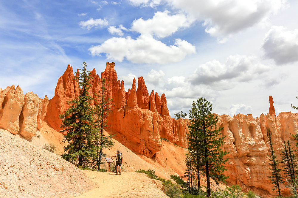 Wall of Windows sign on Hike the Hoodoos trek, Bryce Canyon National Park. Photo taken May 14, 2016.