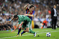 FOOTBALL - CHAMPIONS LEAGUE 2010/2011 - GROUP STAGE - GROUP D - FC BARCELONA v PANATHINAIKOS - 14/09/2010 - PHOTO JEAN MARIE HERVIO / DPPI - LIONEL MESSI (FCB) / LOUKAS VYNTRA (PAN)